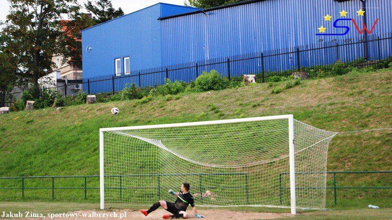 W pogoni za piłką: Zmiany w przepisach