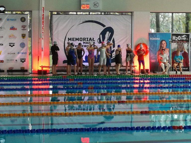 Pływanie: Weekendowe starty Szafira z rekordami oraz medalami