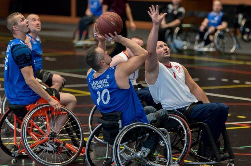 Koszykarze Górnika wygrywają turniej w Krakowie