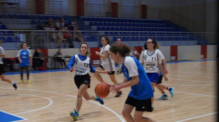 SZS: Półfinał strefy w koszykówce