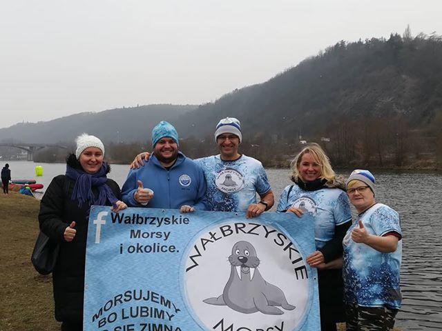 Zimowe pływanie w mroźnej Pradze
