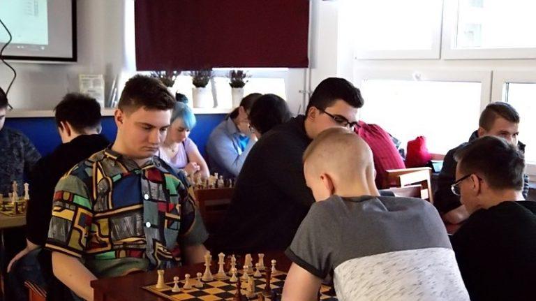 Szachy: Klebański i Bielecka najlepsi w stawce turnieju szachowego
