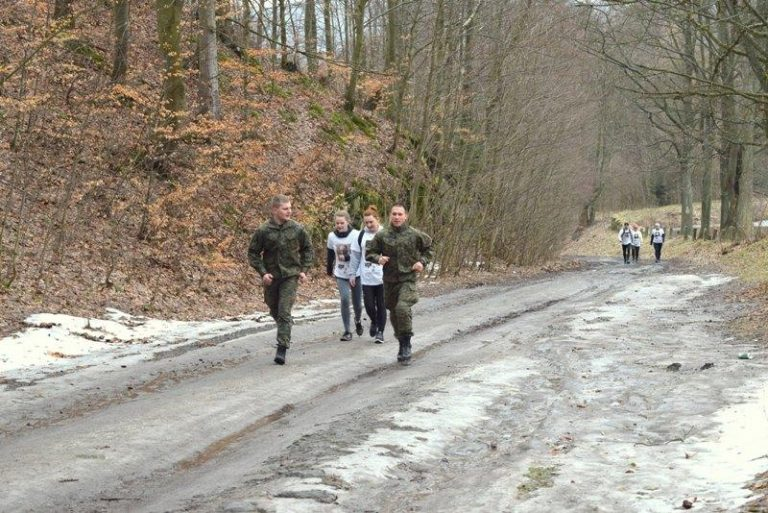 Biegi: W Głuszycy biegli Tropem Wilczym