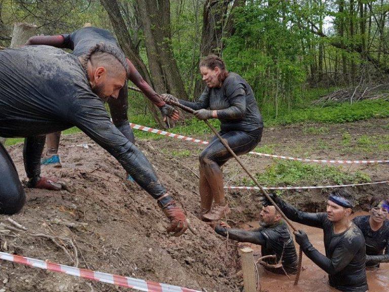 Biegi: Pobiegli w Wild Cross Run /Walim/
