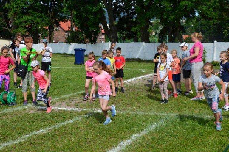 Lekkoatletyka: W Głuszycy biegali w Lidze Lekkoatletycznej Szkół Podstawowych
