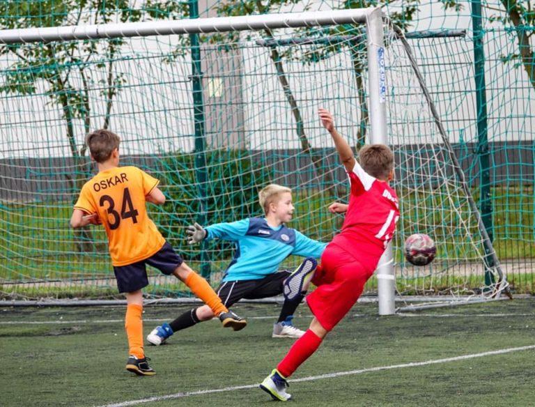 Piłka nożna: Due Soccer wygrywa turniej na Orliku