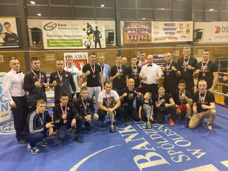 Boks: Leone Imperium Boxing Drużynowym Wicemistrzem Polski!!