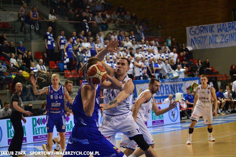 Koszykówka: Pieloch show w Wałbrzychu. Górnik wygrywa z Pogonią