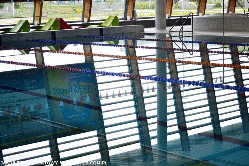 W pogoni za piłką: Aqua otwiera basen