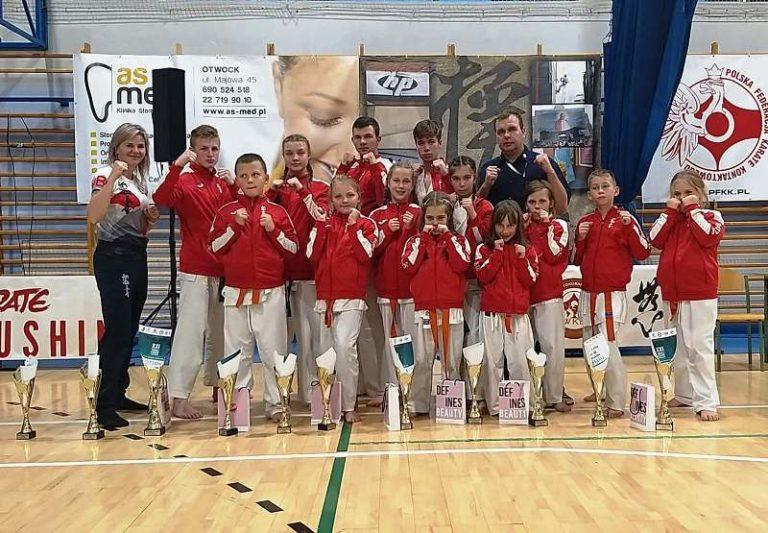 Karate: 11 medali wałbrzyskich karateków