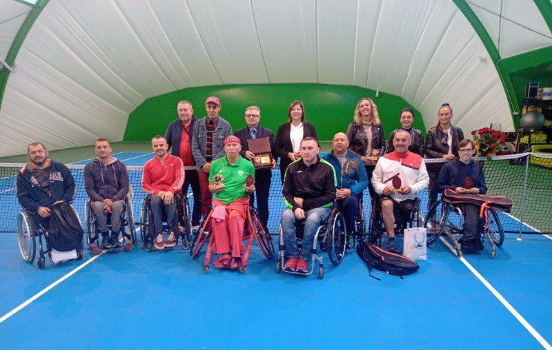 Tenis: Tadeusz Kruszelnicki wygrywa w Szczawnie Zdroju