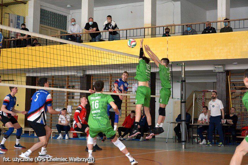 Siatkówka: Juniorzy młodsi Chełmca wicemistrzem województwa