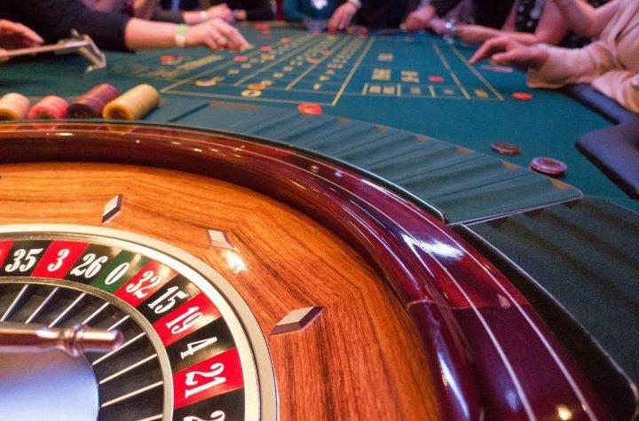 Porównanie różnych wersji gry w ruletkę